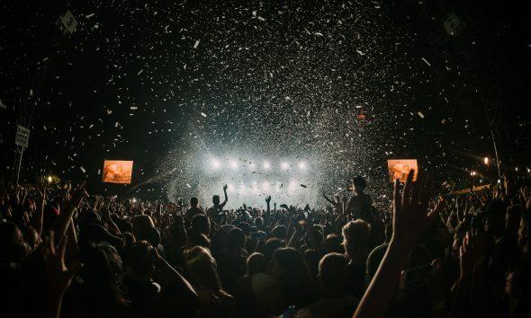 oms-recommande-organisation-aucun-concert-festival